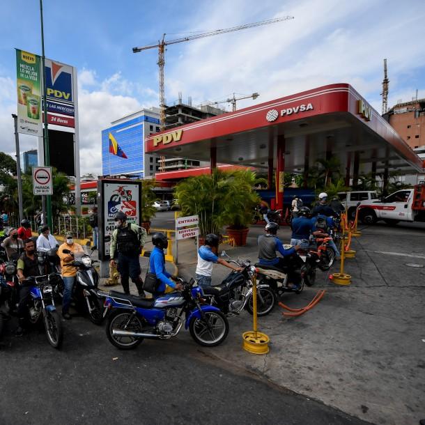 Venezuela se queda sin gasolina en medio de la crisis por el Covid-19