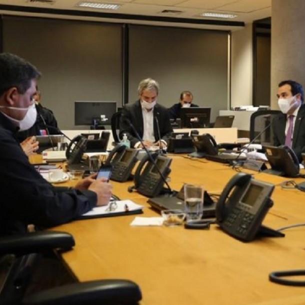 Gobierno coordina plan de prevención del coronavirus de cara a fin de semana santo
