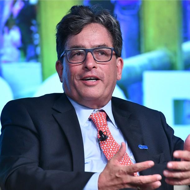 Colombia pide al FMI acceso a línea de crédito de 11 mil millones de dólares por pandemia