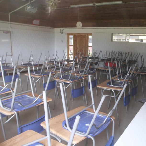 Más de 60 alcaldes le solicitan al Gobierno postergar el reinicio del año escolar