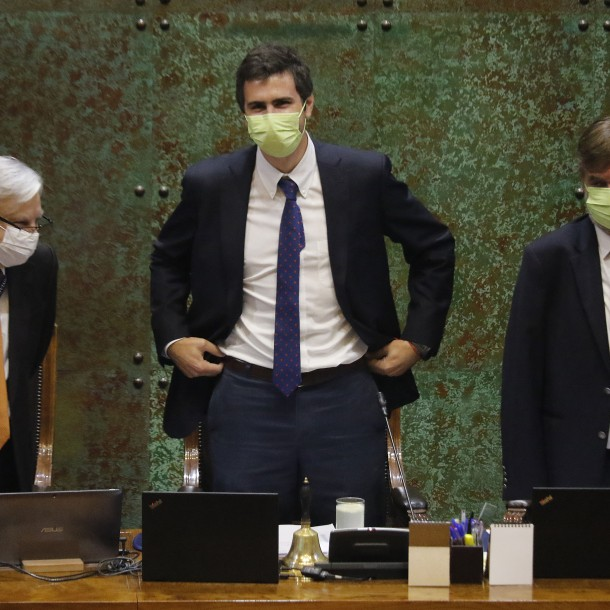 Sin acuerdo por censura comienza primer día de Diego Paulsen como presidente de la Cámara