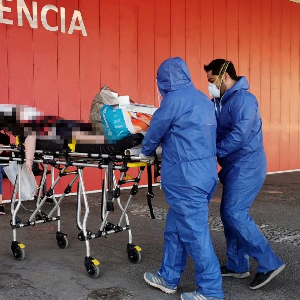 Principal grupo de contagiados por coronavirus en Chile tiene entre 30 y 44 años