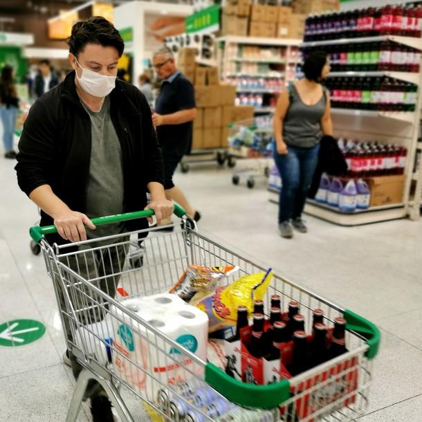 Semana Santa: ¿Cómo funcionarán los supermercados este fin de semana?
