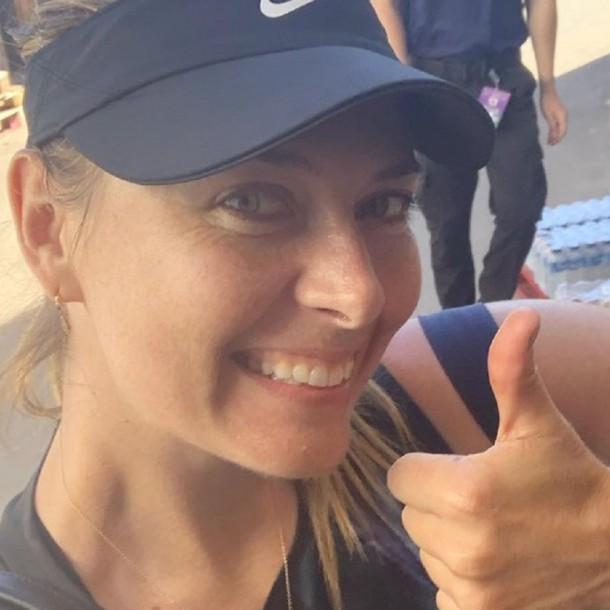Sharapova recibe 2 millones de mensajes en 40 horas tras ofrecer su número de teléfono a sus fans