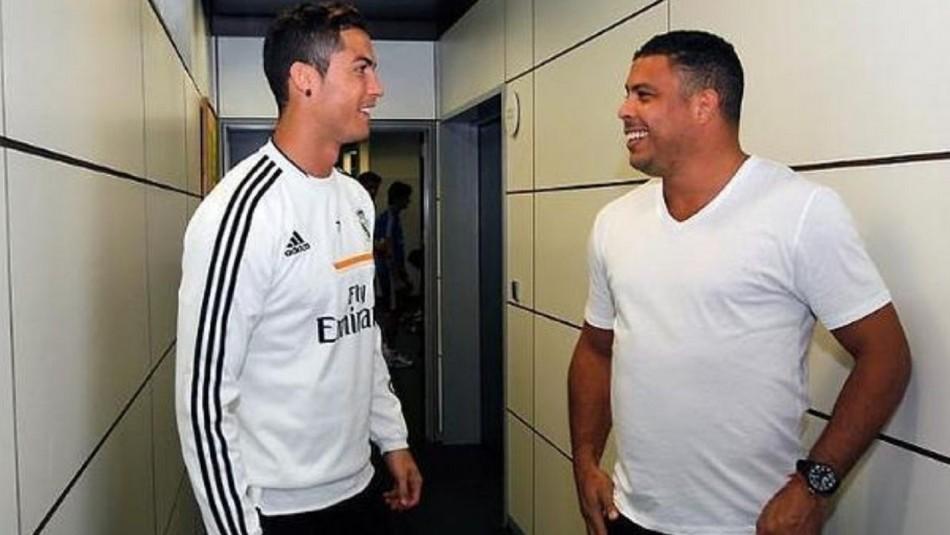 Ronaldo apunta a Cristiano Ronaldo.