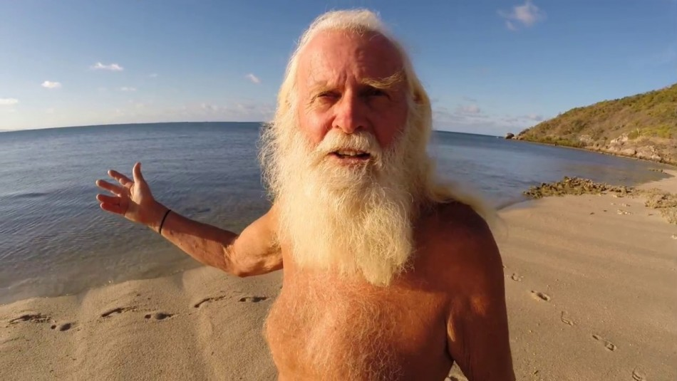 La historia del multimillonario que lo perdió todo y ahora vive en una isla desierta