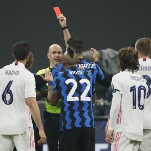 Arturo Vidal fue expulsado en partido de la Champions ante el Real Madrid