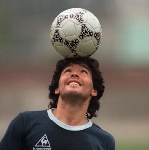 De qué murió Diego Maradona
