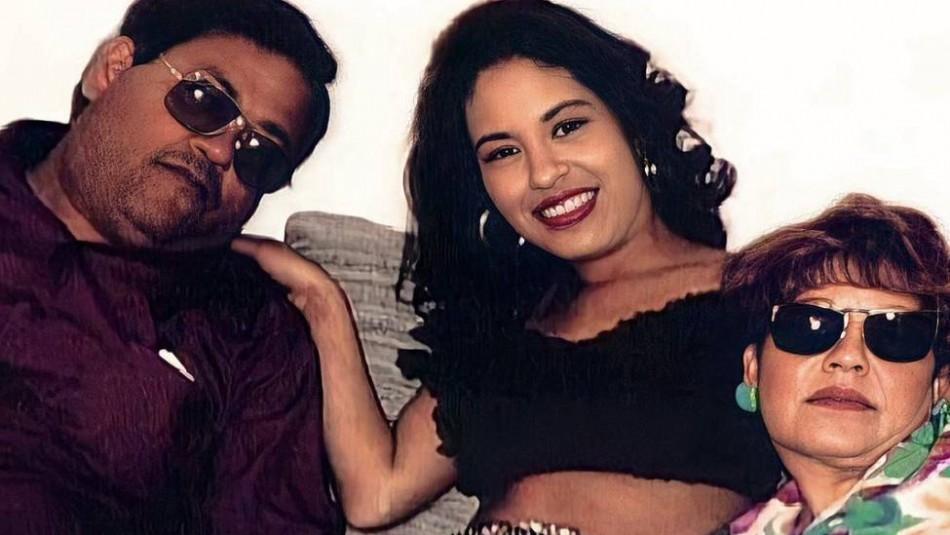 Padre de Selena admite que fue un error mostrar el cuerpo de su hija en el funeral
