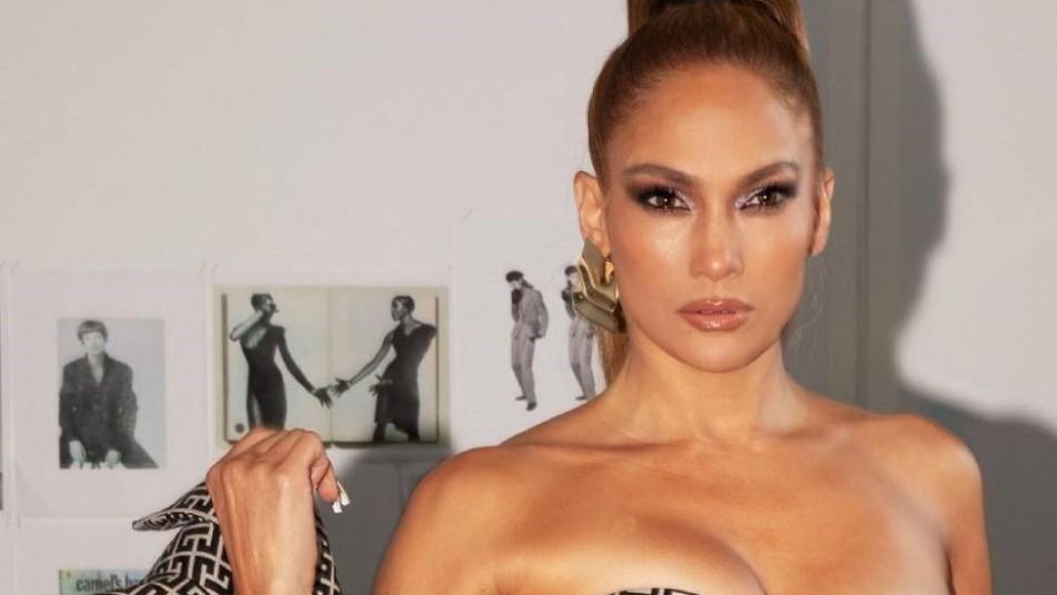 El raro look de Jennifer Lopez en una bañera: Aseguran que es idéntica a