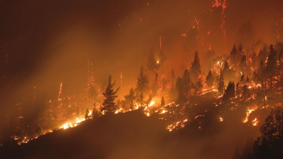 Se quema la Patagonia argentina: 7 heridos, 15 desaparecidos y 200 evacuados por los incendios