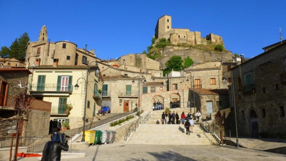 Ciudad italiana vende casas a un euro: Revisa cómo puedes comprar una