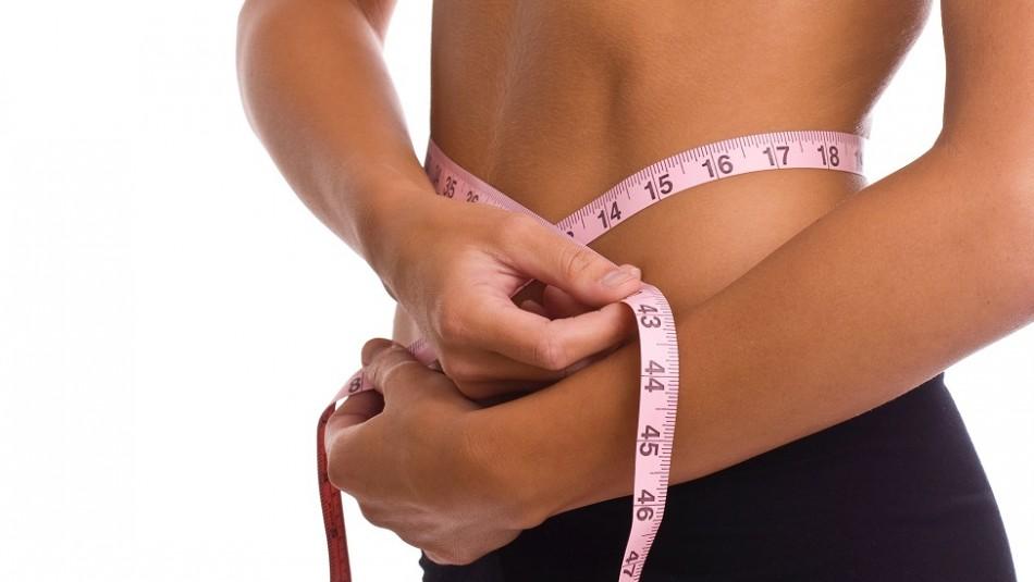 Grasa abdominal en la menopausia: Estos son los riesgos y las claves para combatirla