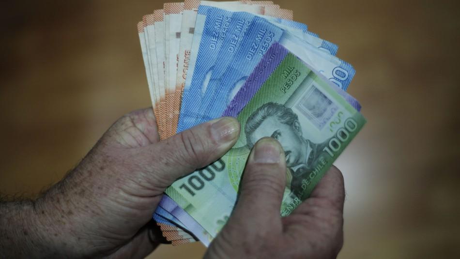 Retiro de fondos del seguro de cesantía: Diputados presentan proyecto sobre idea de Lavín