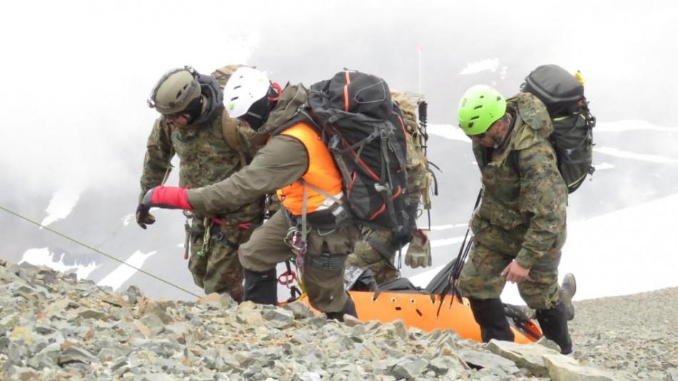 Recuperan dos cadáveres en cerro El Plomo: Víctimas sufrieron accidente aéreo hace 40 años