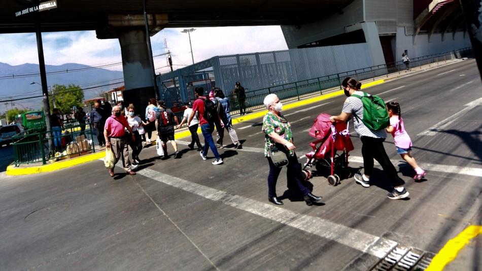 9 comunas de la Región Metropolitana retroceden a Cuarentena este jueves