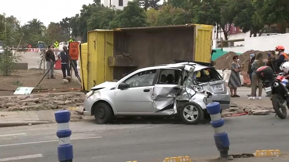 Tres niños y tres adultos lesionados en accidente producido por camión: Chofer no tiene licencia