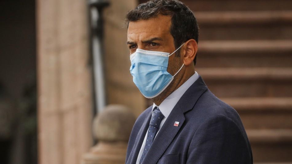 Internan a ministro Delgado para monitorear su evolución por coronavirus