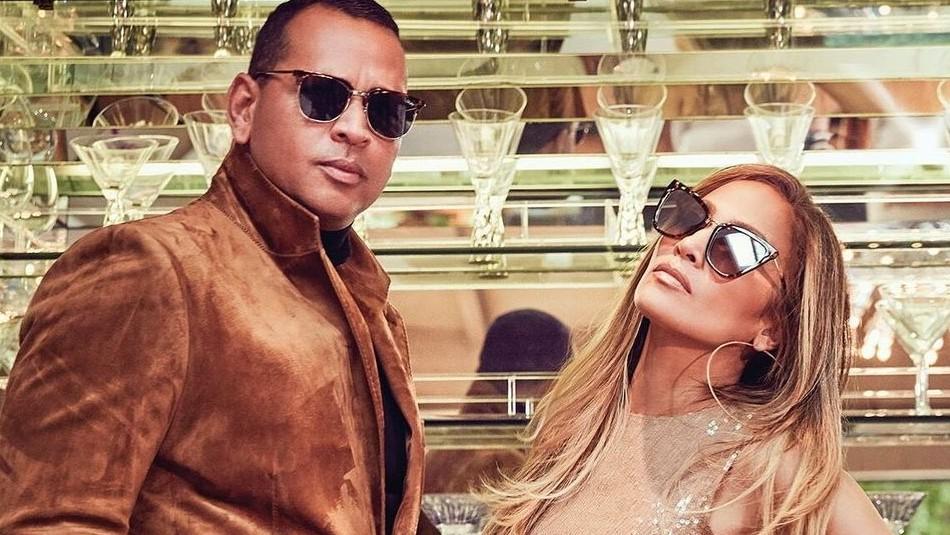 Jennifer Lopez y Alex Rodríguez se besan apasionadamente y acaban con los rumores de separación