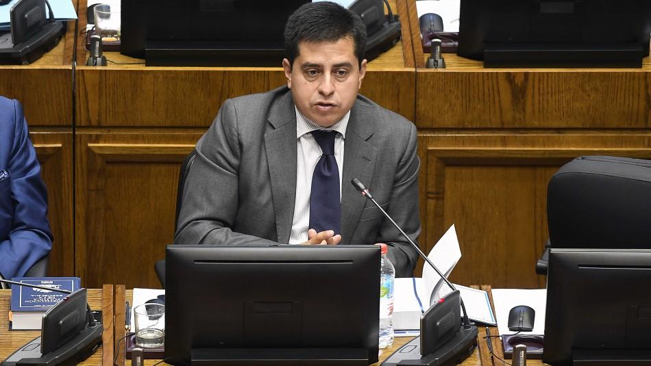 Senador Araya por tercer retiro de 10%: