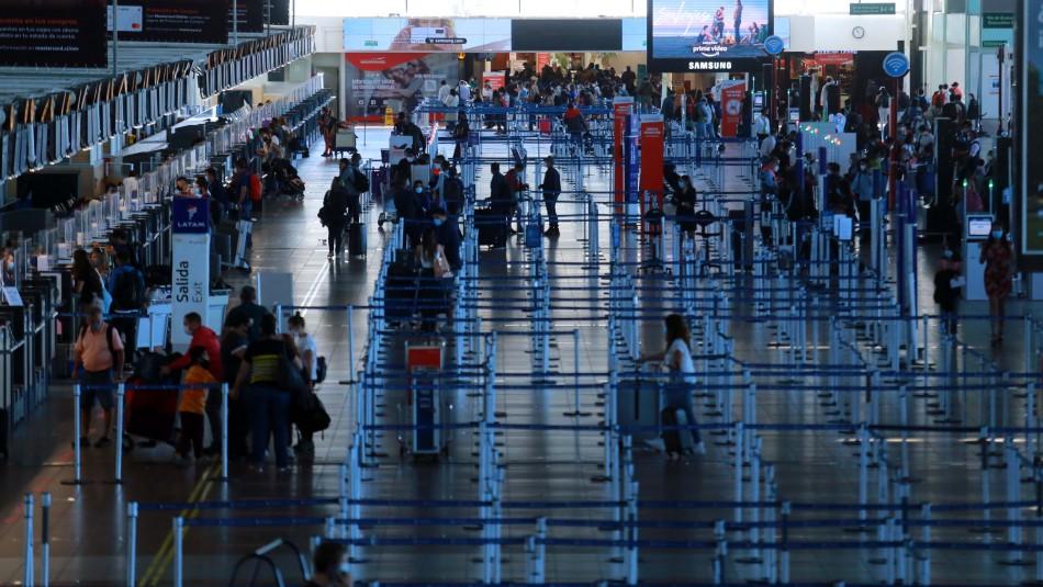 Nuevas restricciones a viajeros que arriben a Chile: Caso especial a quienes llegan desde Brasil