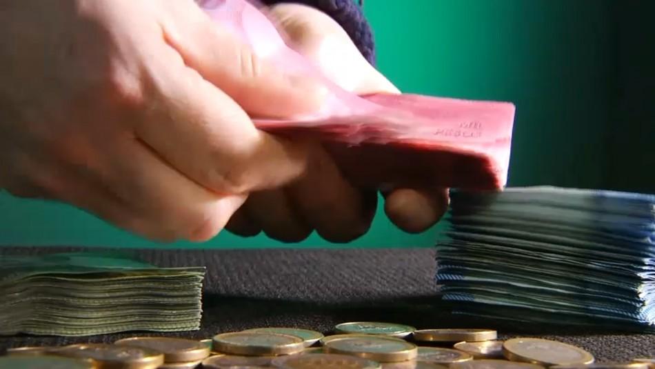 Tercer retiro del 10% versus ayudas estatales: Los alcances y los montos de las iniciativas