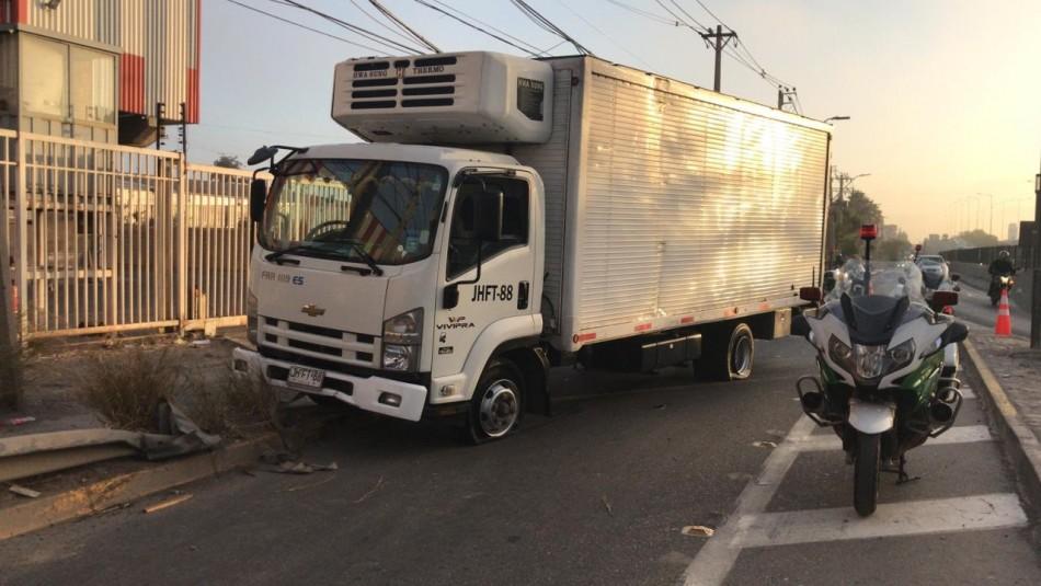 Violento asalto a camiones en Quilicura: encuentran a conductor secuestrado