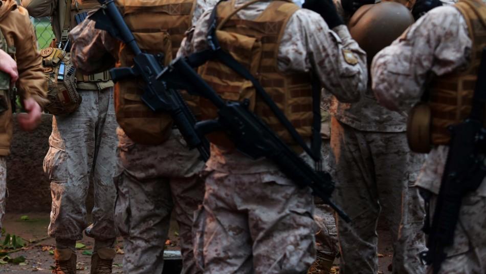 Había 14 militares: fiesta clandestina termina con 22 detenidos en Angol