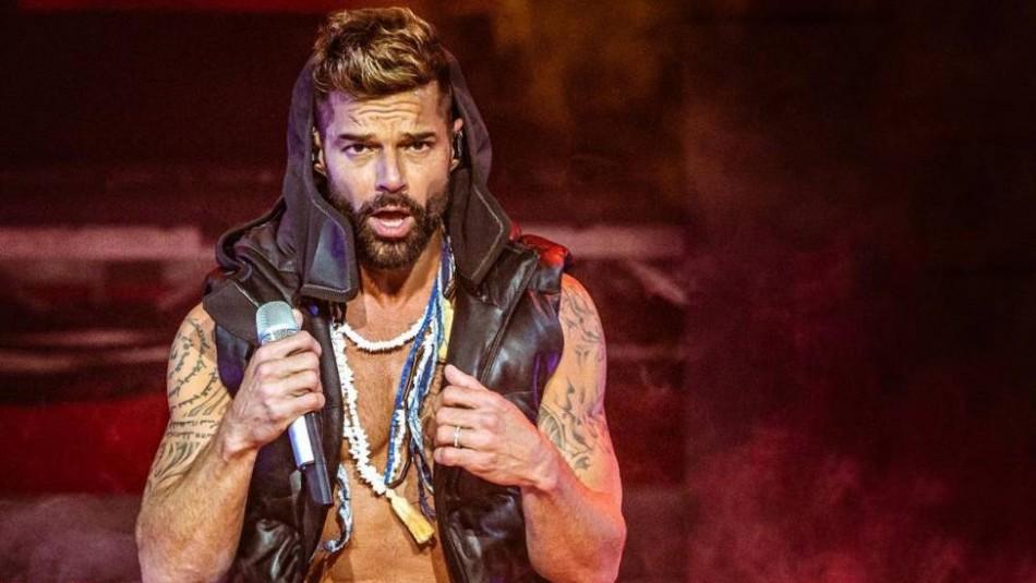 Ricky Martin sorprende con su último tatuaje y le piden que no tape su cuerpo con tinta