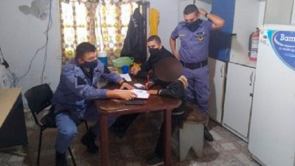 Madre acude a la policía luego que su hijo de 8 años se negara a hacer su tarea
