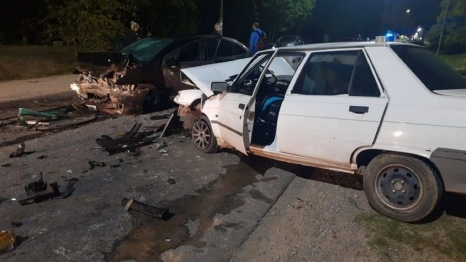 Grave accidente termina con taxista muerto en La Plata.