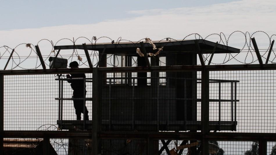 Buscan a reo fugado desde la cárcel de Valparaíso: cumplía condena hasta 2022